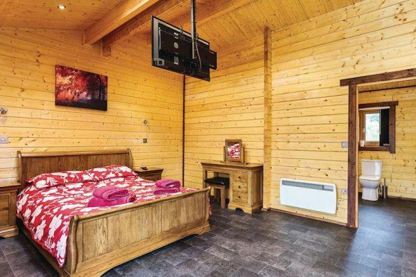 12-lodges for sale